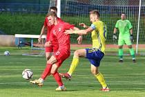 Fotbalisté Fastavu Zlín (ve žlutých dresech) se ve středu odpoledne představili v rámci Mol Cupu v Blansku.