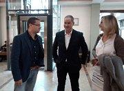 Deník-bus dnes veze lídry stran ve Zlínském kraji za voliči