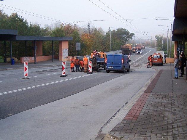 Oprava části vozovky v ulici Okružní na Jižních svazích