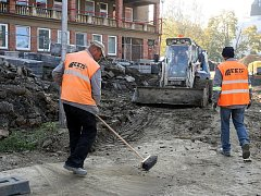 Stavební práce na ulici Antonínova ve Zlíně.