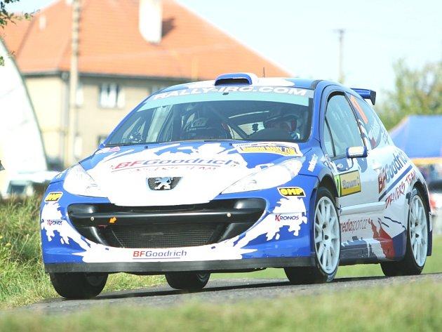 S Peugeotem S 2000 obsadil Pavel Valoušek při Barum rally čtvrté místo