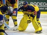 Hokejisté Zlína (ve žlutých dresech) se v 11 kole extraligy utkali s Mladou Boleslaví.