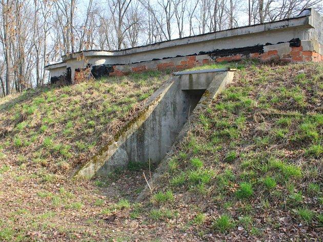 V otrokovické části Baťov by mohl vzniknout market Billa, a to na ploše ve dle autobusového nádraží. Tamní bunkr by tak byl kvůli tomu odstraněný.