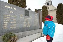 Téměř osm set válečných hrobů lze nalézt ve Zlínském kraji. K lepšímu zmapování všech míst, kde jsou uloženy ostatky osob padlých ve válce, teď bude sloužit nově zprovozněná evidence.