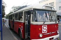 Historický trolejbus Škoda 9Tr