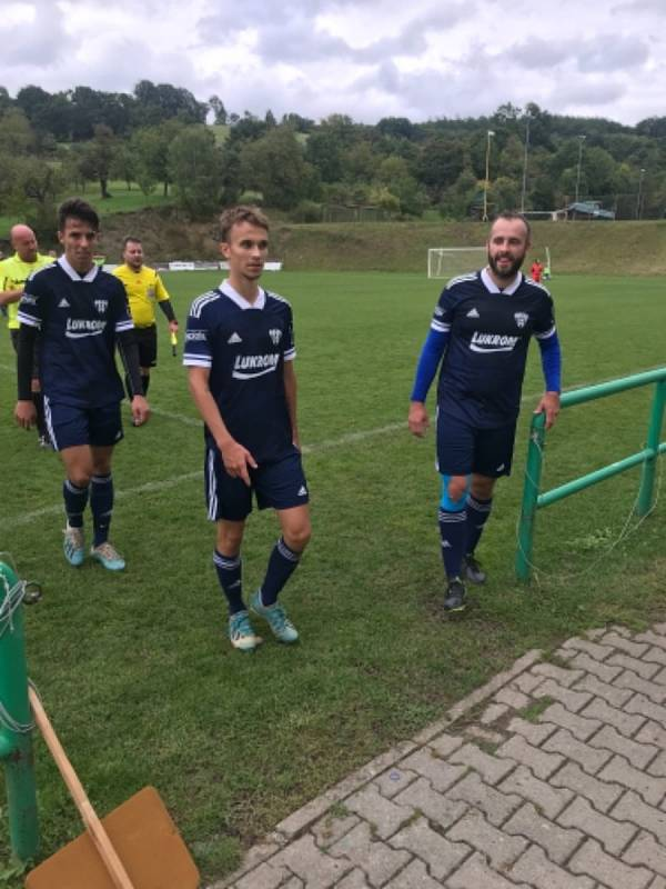 Fotbalisté Luhačovic mají nové dresy.