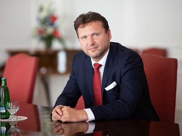 Radek Vondráček (ANO) 47let, Kroměříž, dosavadní předseda Poslanecké sněmovny Parlamentu České republiky
