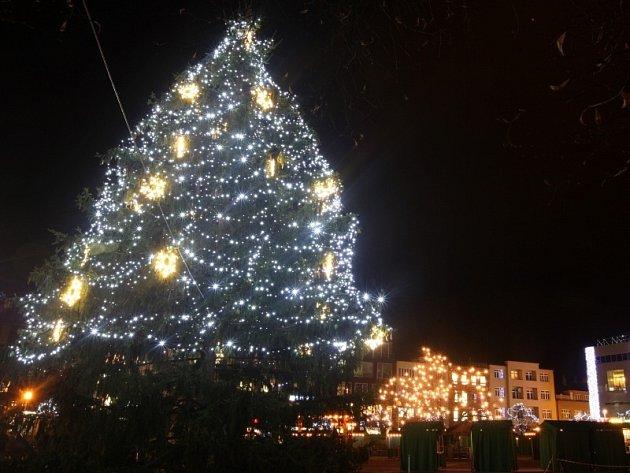 Rozsvěcování vánočního stromečku ve Zlíně.
