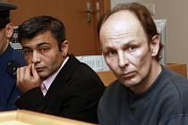 Obvinění z vraždy Karel Milo a Luboš Svačinka před soudem.