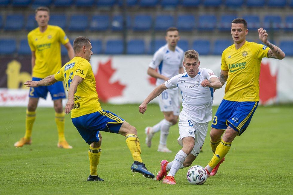 FC Fastav Zlín - FC Slovan Liberec  (33.kolo) 0:0 I.poločas