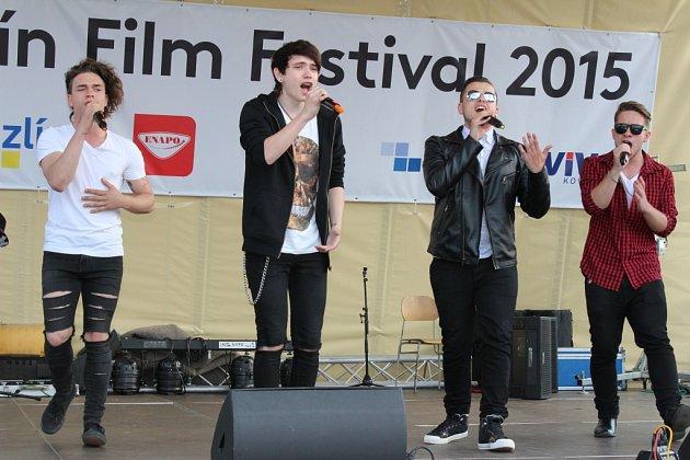 V sobotu 30. dubna 2015 to na zlínském náměstí rozjel česko-slovenský boyband United5. Ve Zlíně koncertovali při příležitosti filmového festivalu. Na jejich vystoupení přijeli i jejich skalní fanoušci z Prahy či Slovenska.