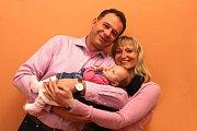 VÍTÁME TĚ MEZI NÁMI, KRISTÝNKO! Vítání občánků - Petr a Petra Kloudovi s dcerou Kristýnou.