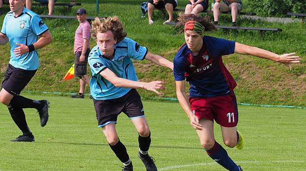 Fotbalisté Štípy v posledním domácím letošním zápase přestříleli Sehradice 8:4.