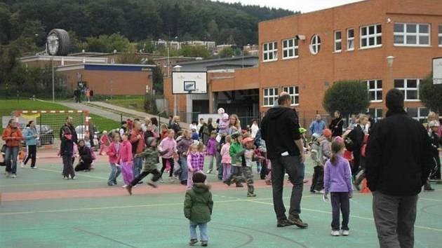 Děti. Sportovní vyžití si nenechalo ujít spousta dětí.