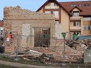 Částečná demolice domu na Sokolské ulici ve Zlíně