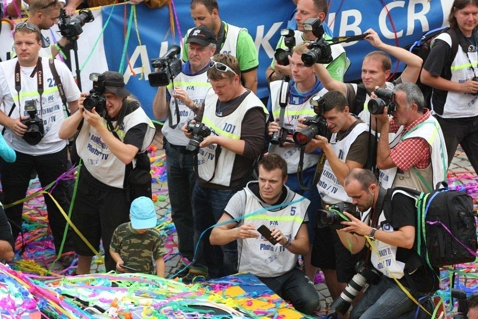 Vyhlášení vítězů 44.ročníku Barum Czech Rally na náměstí Míru ve Zlíně.