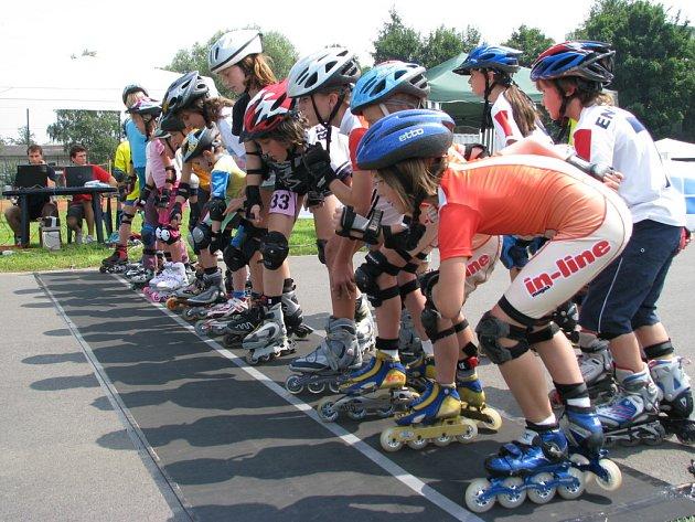 V závodech se utkali jak amatéři, tak i výkonnostní sportovci všech věkových kategorií.