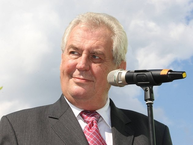 Návštěva prezidenta Miloše Zemana ve firmě Kovar v Leskovci.