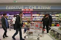 Nový supermarket Penny na náměstí Míru a ulici Zarámí ve Zlíně.