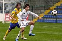 Fotbalové derby v rámci MSFL mezi Zlínem B a Slováckem B jasně vyhráli domácí hráči v poměru 3:0.