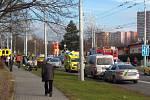 K vážné dopravní nehodě došlo v sobotu krátce před desátou hodinou v ulici Okružní ve Zlíně.