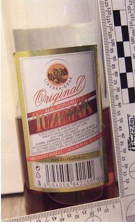 Tyto lahve byly nalezeny uotrávených ze Zlína