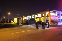 Ve Zlíně-Loukách se v pátek srazil vlak s osobním vozidlem.