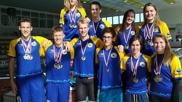 První závody zimní sezony absolvovali členové Zlínského plaveckého klubu v Novém Jičíně.