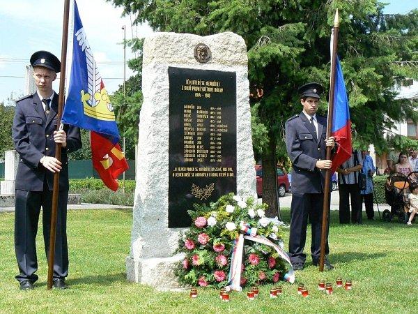 VHřivínově Újezdu odhalili památník obětem první světové války