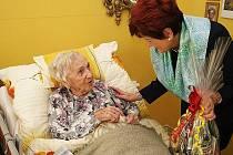 Požehnaných 103. narozenin se 31. prosince 2009 dožívá nejstarší obyvatelka Zlína Emilie Malotová.