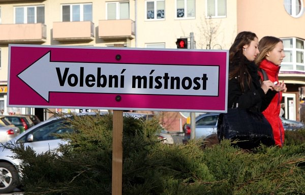 Volby do Senátu 2014vokrsku č. 8vOtrokovicích.