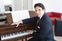 Basbarytonista Vídeňské státní opery.