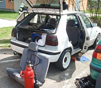 Přečerpával benzin a skončil s popáleninami