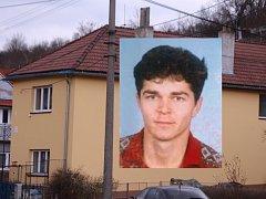 Dům, kde Petr Janča bydlí se svou matkou