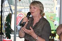 V neděli 28. května 2017 byla hostem moderátora Vladimíra Kroce ve Festivalu Café na náměstí míru ve Zlíně herečka Eliška Balzerová
