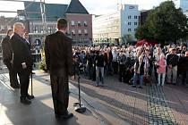 Miloš Zeman se na závěr prvního dne návštěvy ve Zlínském kraji setkal s občany Zlína.