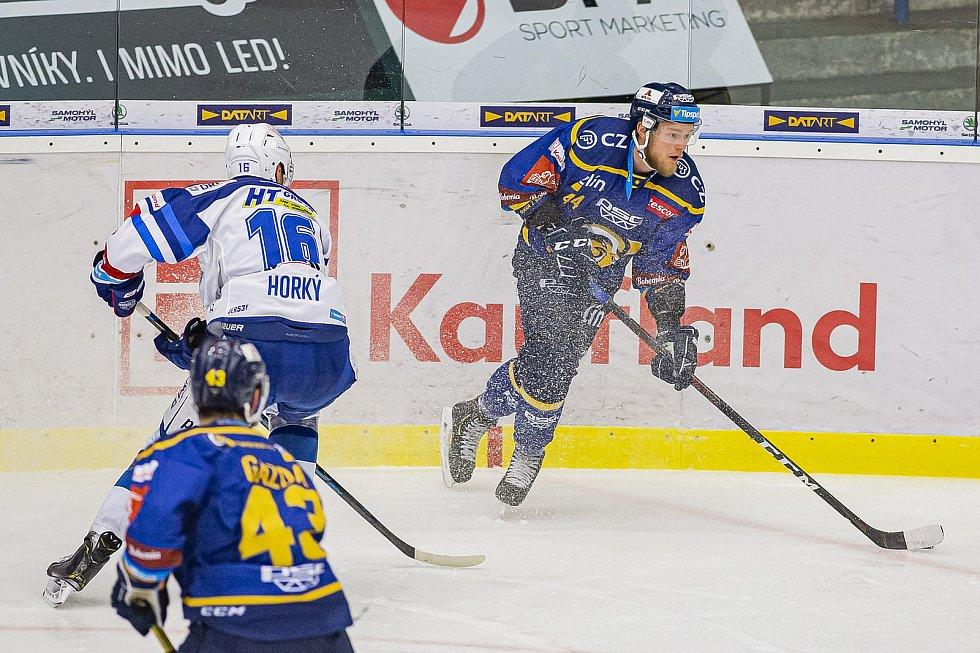 Extraligoví hokejisté Zlína (v modrém) v dohrávce 7. kola extraligy v úterý podlehli Kometě Brno 0:3.