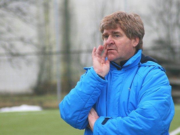 Trenér prvoligových fotbalistů 1. FC Slovácko Josef Mazura.