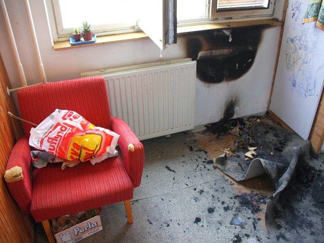 Požár v kuchyni bytu na sídlišti Jižní Svahy ve Zlíně.