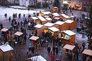 Vánoční jarmark na náměstí Míru ve Zlíně.