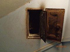 Hasiči zasahovali u požáru sazí v komínu domu v obci Lípa