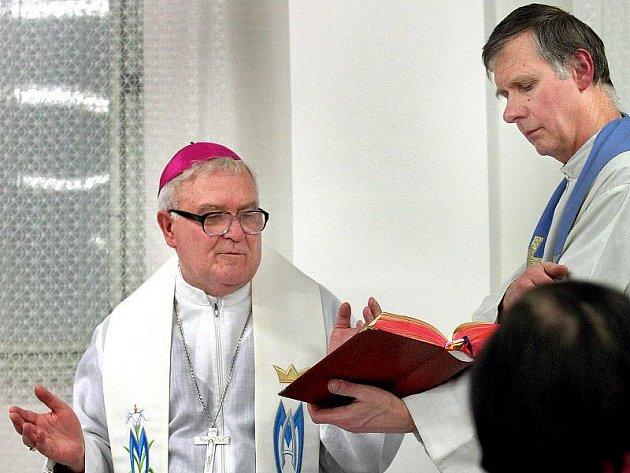 Biskup Josef Hrdlička