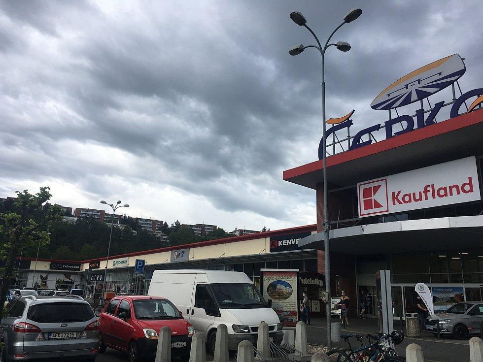 Obchodní centrum Čepkov Zlín.