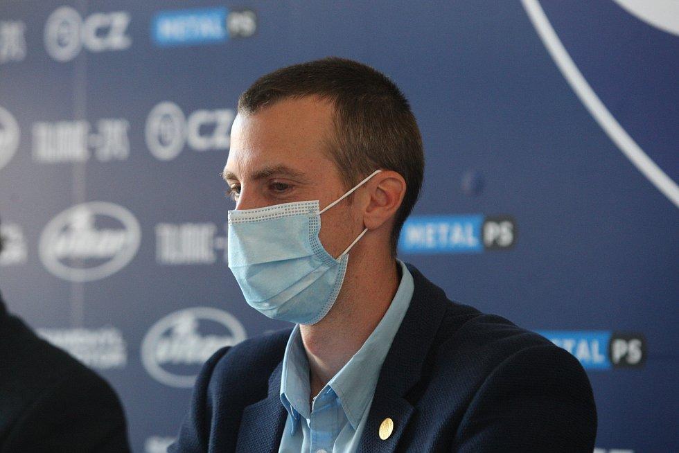 Na snímku primátor Jiří Korec.