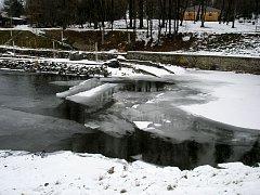 Sníh taje, ale povodně zatím nehrozí. Ilustrační foto.