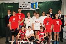 Mladí zlínští vzpěrači po prvním kole soutěže družstev atakují medailové pozice.