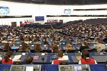 Zlínští studenti se stali na chvíli europoslanci