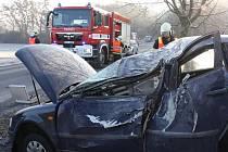 Vážná nehoda osobního auta zn. VW Passat nedaleko ZOO Lešná