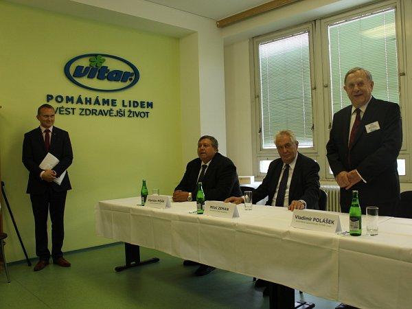 Prezident Miloš Zeman ve společnosti Vitar.