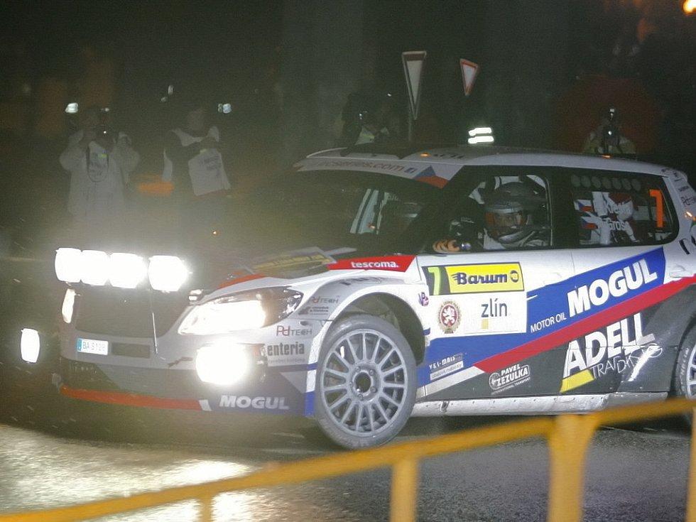 Barum rally: noční rychlostní zkouška ve Zlíně